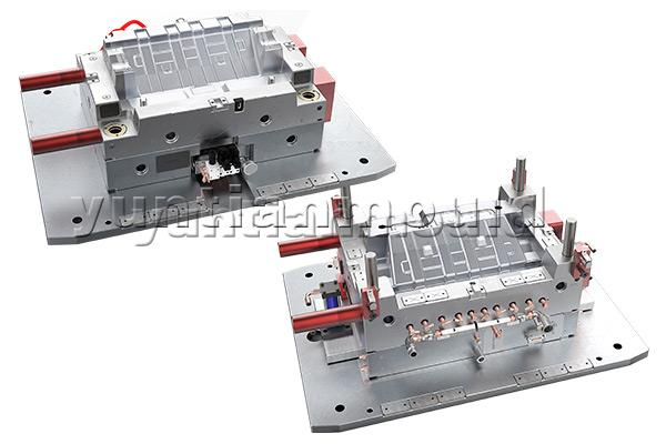 Auto-Interior-Part-Mould-32